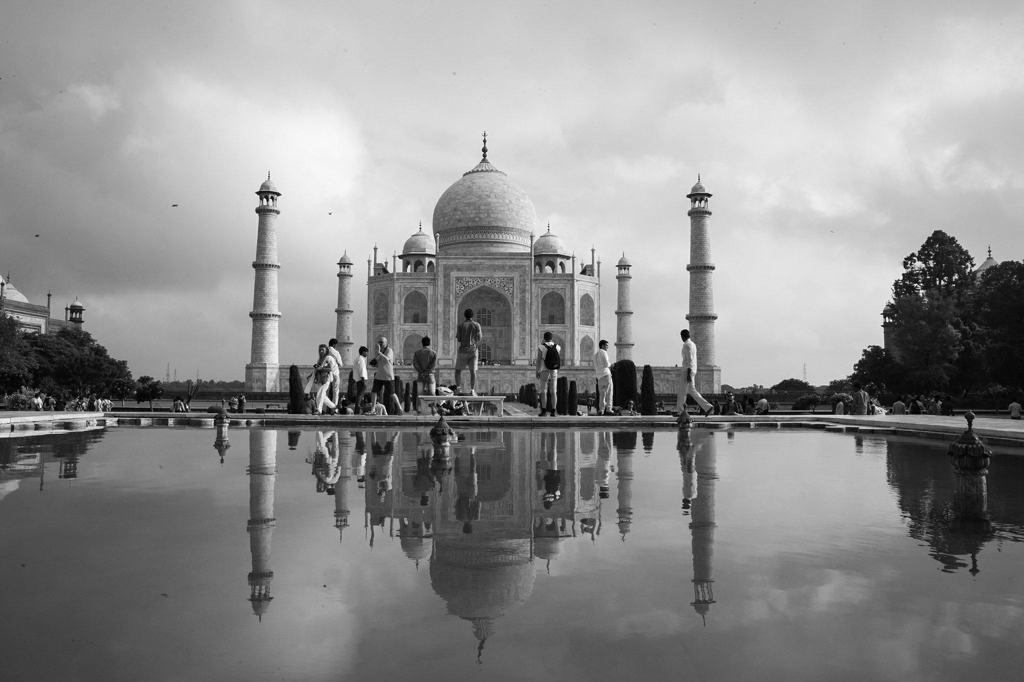 Visit Taj Mahal by Super Fast Train | Pioneer Holidays