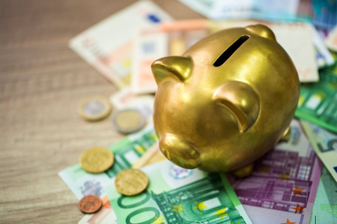 Save Money on foreign exchange euros