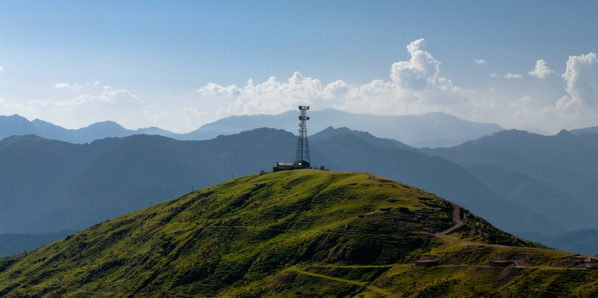 A solitary communication tower in Sanasar